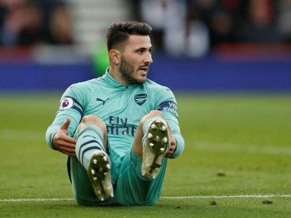 Bikin Blunder, Kolasinac Dihibur Skuat Arsenal