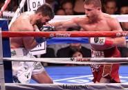 Hentikan Fielding Ronde 3, Alvarez Sabet Juara Menengah Super WBA