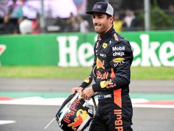 Ricciardo Berambisi Bawa Renault Naik Level Musim Depan