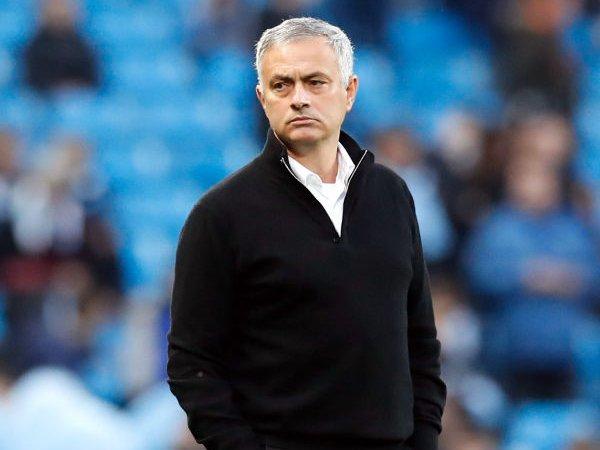 Usai Dipecat MU, Kini Mourinho Dapat Pekerjaan Baru