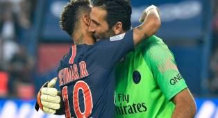 Buffon: Saya Akan Bantu Neymar Menangi Ballon d'Or