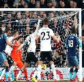 Cetak Gol Bunuh Diri, Legenda Spurs Ejek Llorente