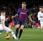Rakitic Sebut Barcelona Layak Kalahkan Valencia