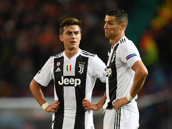 Dybala Dicadangkan Bukan Karena Ronaldo, Tegas Allegri