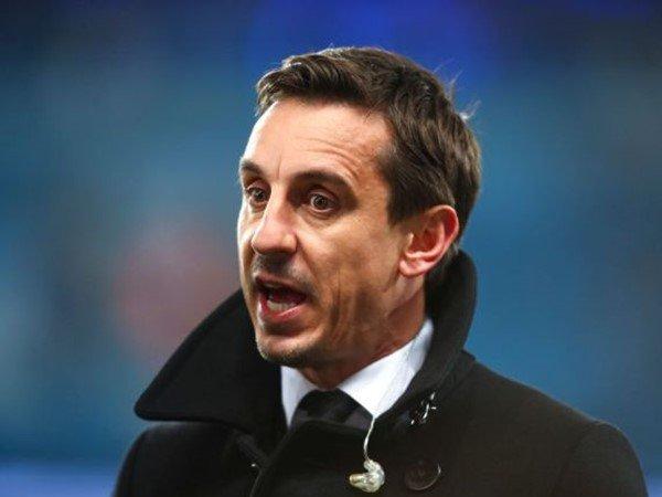Prediksi Neville Soal Posisi Sarri Usai Chelsea Dipermalukan City 6-0