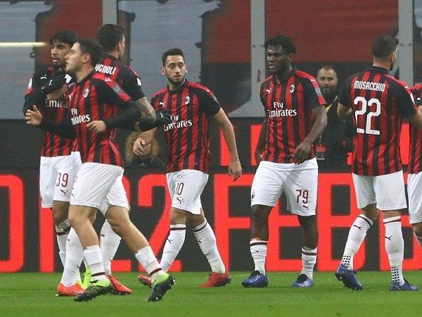 Rating Pemain Milan vs Cagliari: Paqueta Impresif, Calabria Brilian