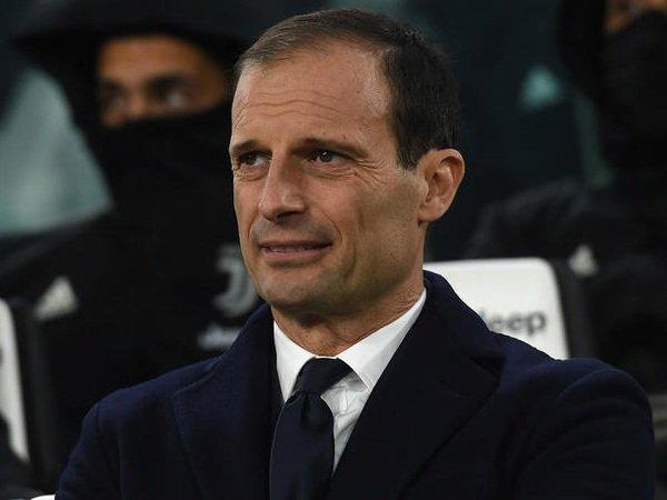 Allegri Pesimistis Mampu Lewati Rekor Poin Conte di Juventus