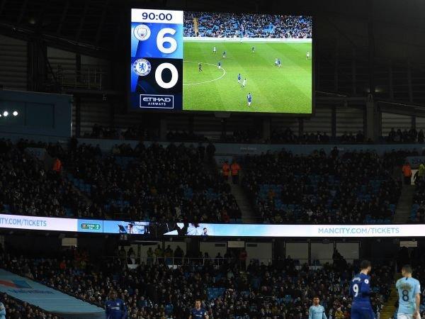 Putar Lagu Kemenangan Chelsea, Man City Minta Maaf