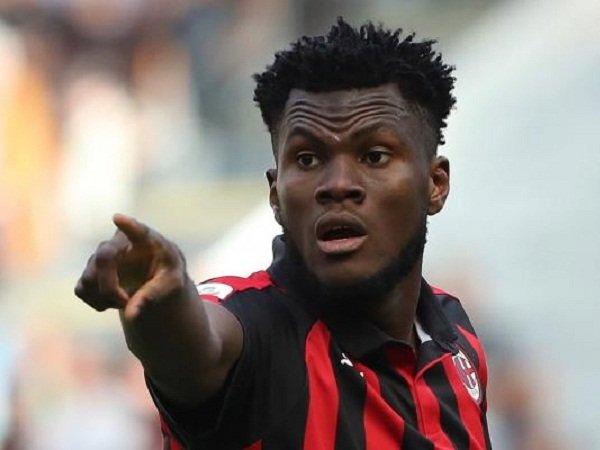 Salip Arsenal dan Chelsea, PSG Terdepan Buru Gelandang Milan