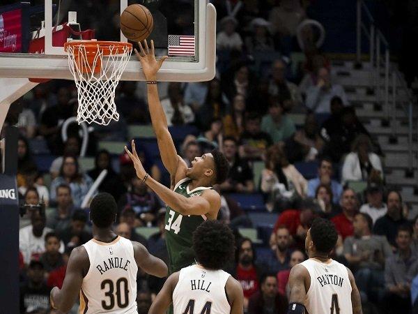 Milwaukee Bucks Menang Telak Atas New Orleans Pelicans