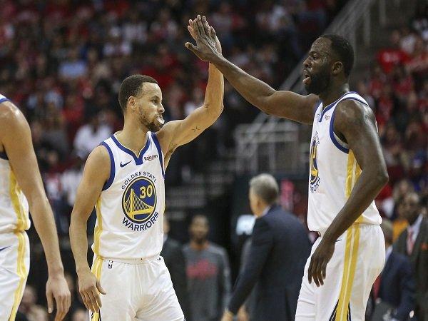 Warriors Menangi Duel Panas Kontra Rockets
