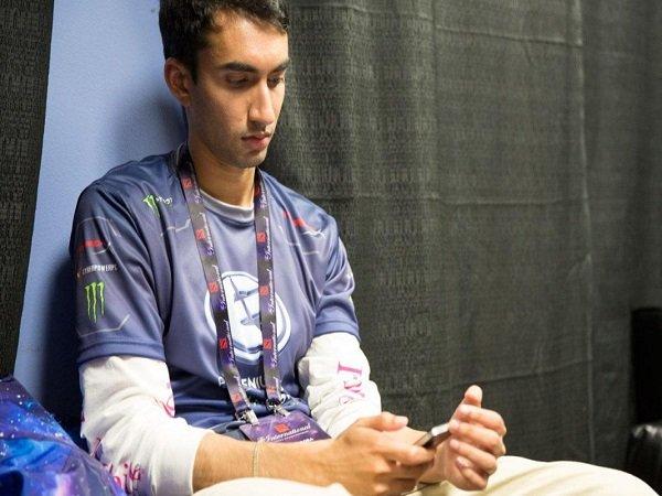 Hengkang Dari Forward Gaming, Universe Gencar Cari Tim Baru