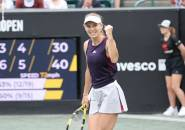 Petra Martic Angkat Kaki, Caroline Wozniacki Tiba Di Final Charleston