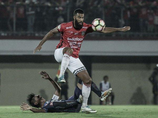 Depak Gladiator, Arema FC Incar Sylvano Comvalius?