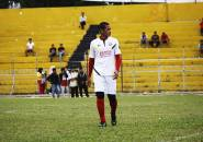 Pemain Muda Semen Padang FC Diminta Contoh Hengki Ardiles