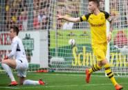 Bantai Freiburg 4-0, Dortmund Tempel Ketat Bayern Muenchen