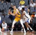 Meski Frustasi Dengan Musim Perdananya di NBA, Mo Wagner Optimistis Dapat Tampil Lebih Baik