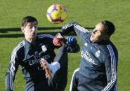 Zidane Sebut Salah Satu dari Courtois dan Navas Bisa Hengkang di Musim Panas
