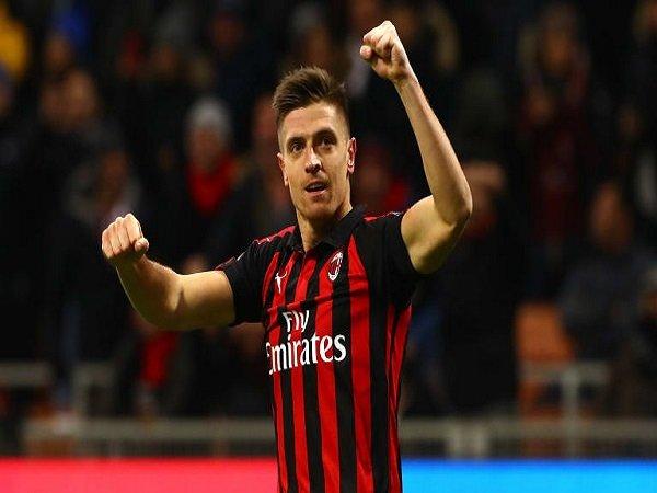 AC Milan Tidak Akan Jual Krzystof Piatek