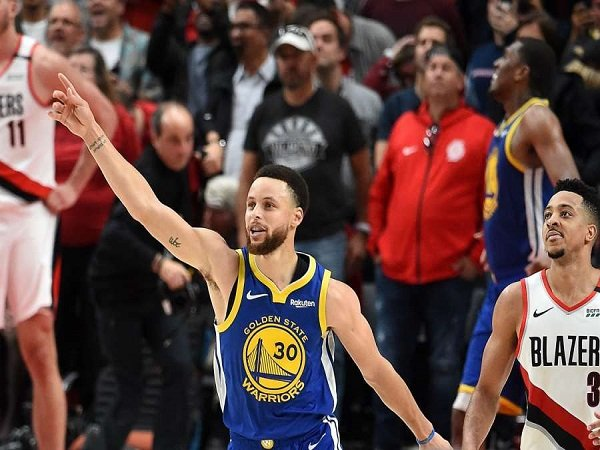Kalahkan Blazers di Game 4, Warriors Melangkah ke Babak Final NBA