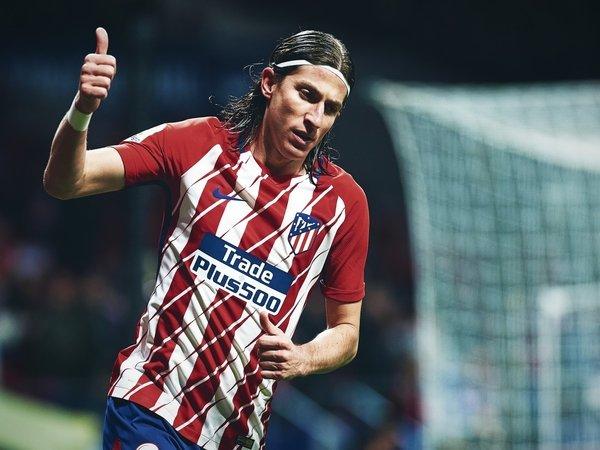 Hengkang dari Atletico, Filipe Luis Jadi Incaran Klub Premier League