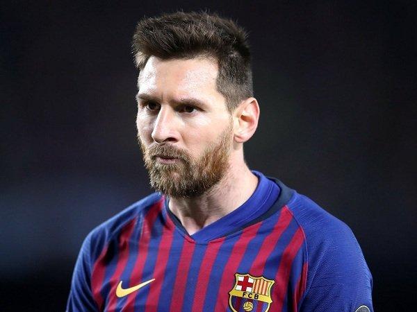 Messi Tetap Bertahan di Barcelona Meski Kembali Alami Kekecewaan di Liga Champions