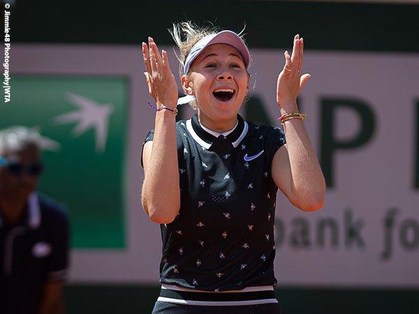 Hasil French Open: Kewalahan Dengan Amanda Anisimova, Juara Bertahan Pulang Tanpa Gelar