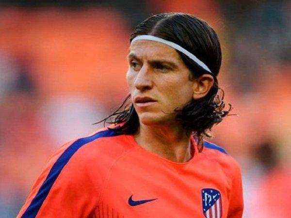 Filipe Luis Tegaskan Belum Tanda Tangani Kontrak dengan Barcelona