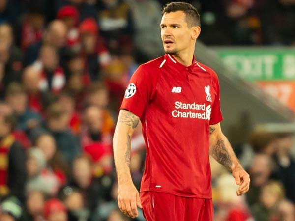 Terkonfirmasi, AC Milan Tertarik Datangkan Lovren dari Liverpool