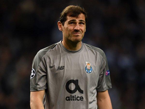 Dikabarkan Segera Pensiun, Iker Casillas Berikan Bantahan
