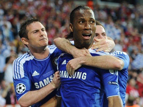 Drogba Dukung Lampard untuk Jadi Suksesor Sarri di Chelsea