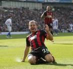 Bournemouth Beri Fraser Kontrak Baru, Arsenal Gigit Jari