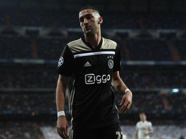 Diminati Arsenal dan Liverpool, Ajax Tetapkan Harga Jual Ziyech