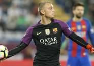 Everton Ikut Buru Jasper Cillessen dari Barcelona