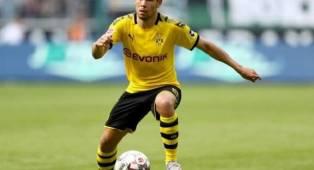 Barcelona Tertarik Rekrut Raphael Guerreiro dari Dortmund