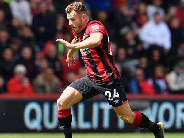 Diincar Arsenal, Bournemouth Ingin Pertahankan Ryan Fraser