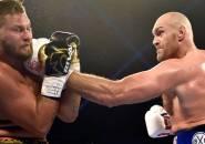 Hanya 2 Ronde, Tyson Fury Menang TKO Atas Tom Schwarz