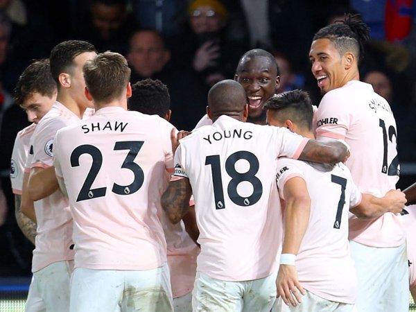 Owen Sebut Skuat Manchester United Harus 'Dioperasi'