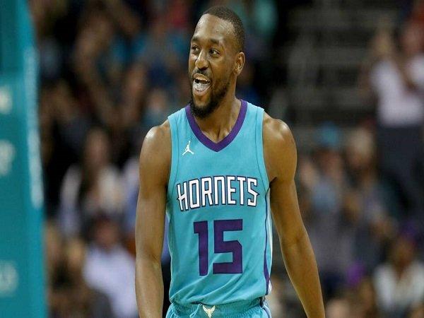 Setelah Datangkan Anthony Davis, Lakers Dikabarkan Mengincar Kemba Walker