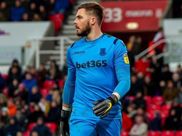 Aston Villa dan Bournemouth Tertarik Datangkan Jack Butland