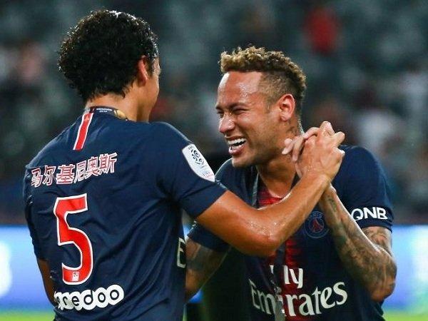 Marquinhos Bujuk Neymar untuk Bertahan di PSG