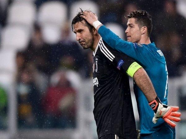 Bisa Main Bareng CR7, Buffon Ucapkan Terima Kasih Kepada Juventus