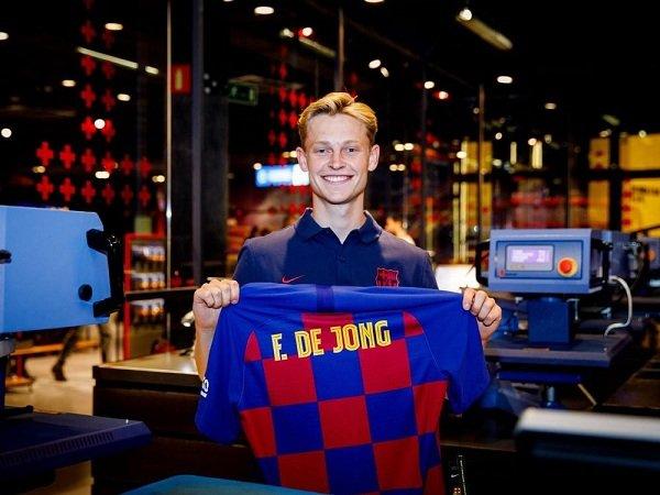 Frenkie de Jong Yakin Pindah ke Barcelona Tidak akan Sebabkan Perubahan