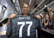 Kembali ke Juventus, Buffon Tolak Tawaran dari Szczesny dan Chiellini