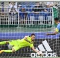 Livorno Siap Ambil Langkah Boyong Kiper Muda Milan