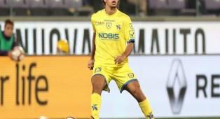 Lazio Incar Servis Gelandang Muda Chievo