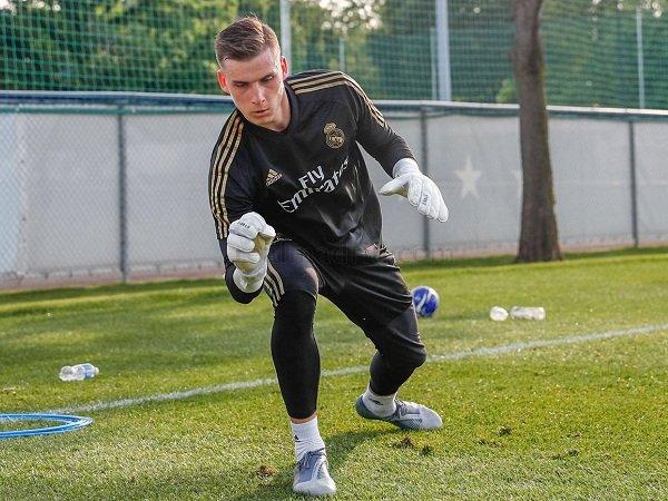 Real Betis Tertarik, Andriy Lunin Segera Tinggalkan Real Madrid Lagi