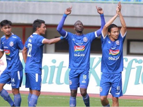 Arema FC 4-1 Perseru Badak Lampung FC, Amukan Singo Edan
