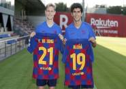 Seperti di Ajax, De Jong Kenakan Seragam Nomor 21 di Barcelona