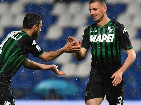 Juventus Bakal Tawarkan Bek Berbakat Ini Ke Milan